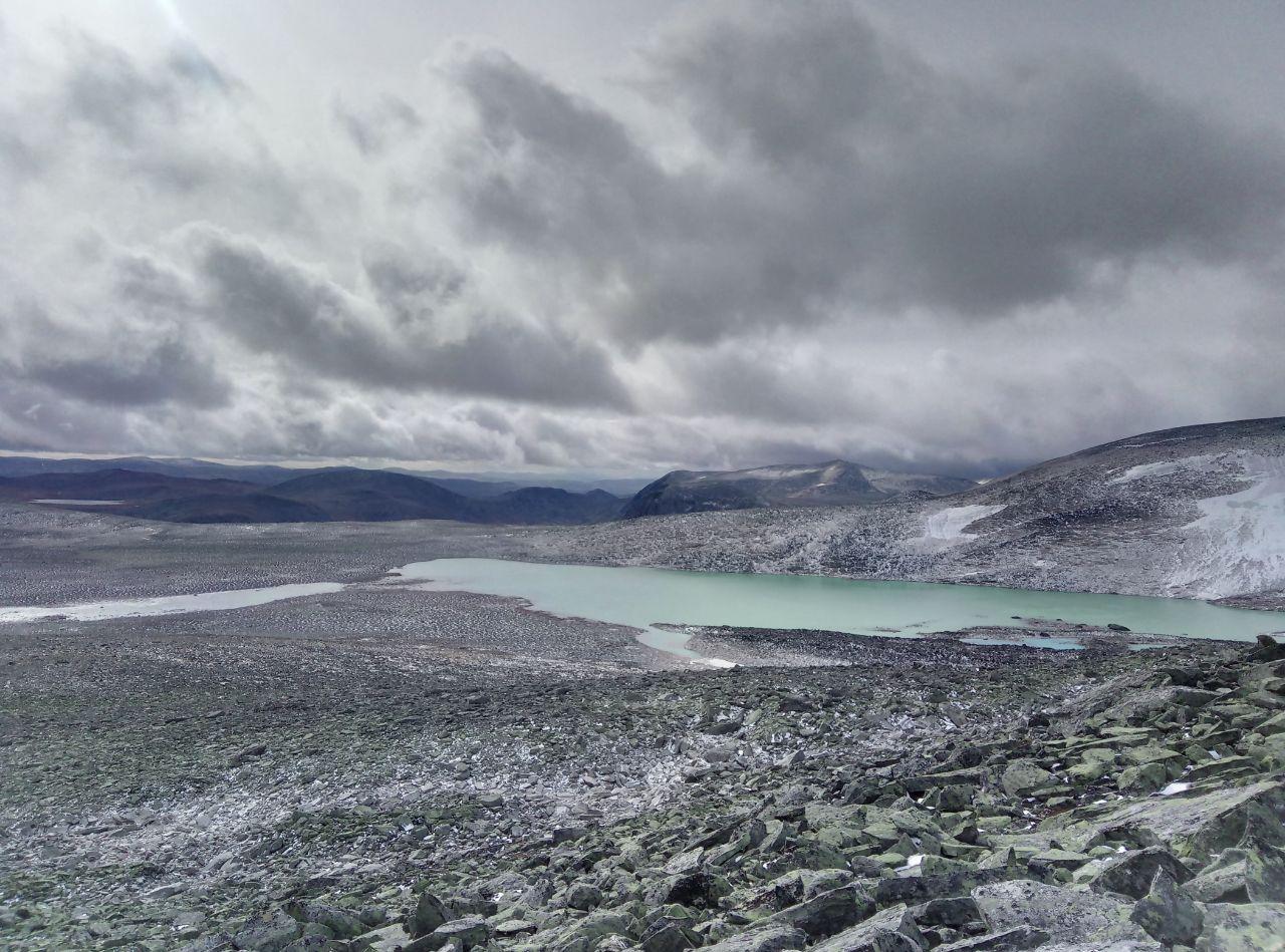 Gletschersee an der Snøhetta